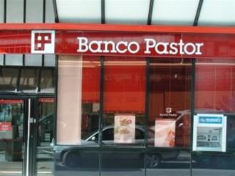 Banco popular reduce los cierres de sucursales previstos for Oficinas banco popular murcia