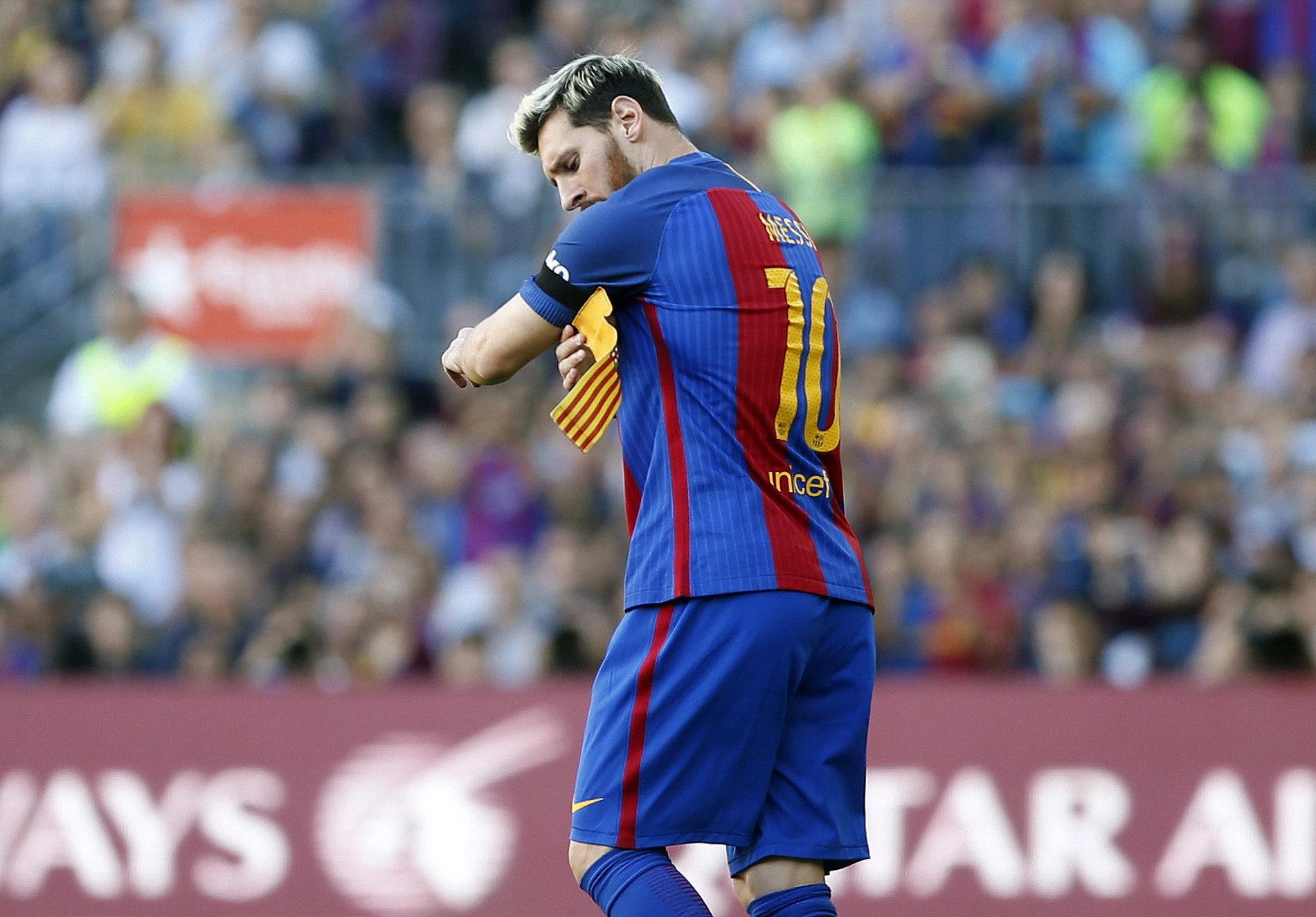 4-0. El Barcelona golea al Deportivo en el regreso triunfal de Leo ...