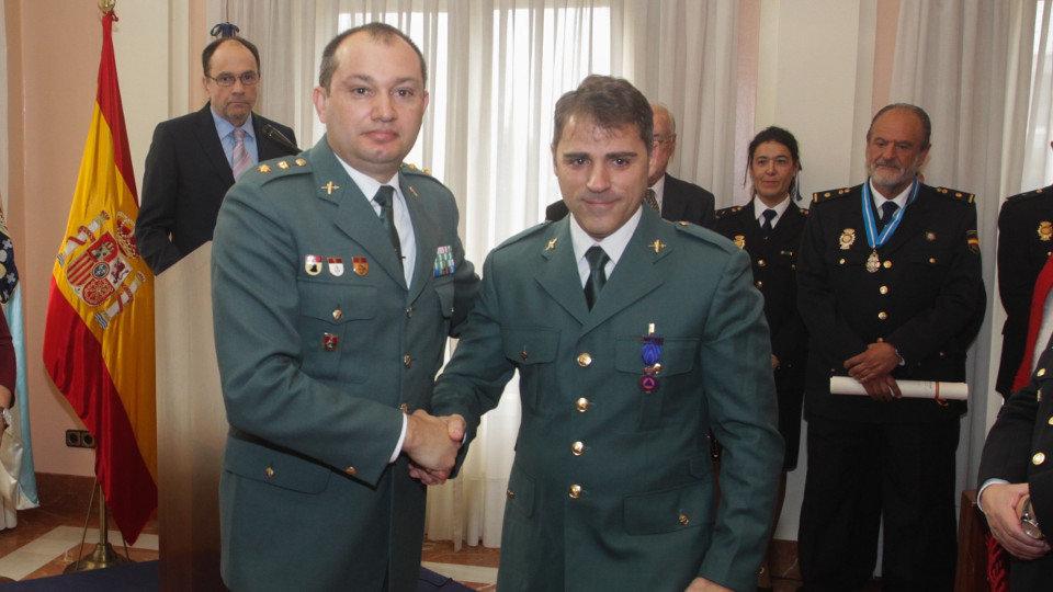 Medallas Al Orden Del Merito Civil Un Policia Que Salvo Una Vida Y