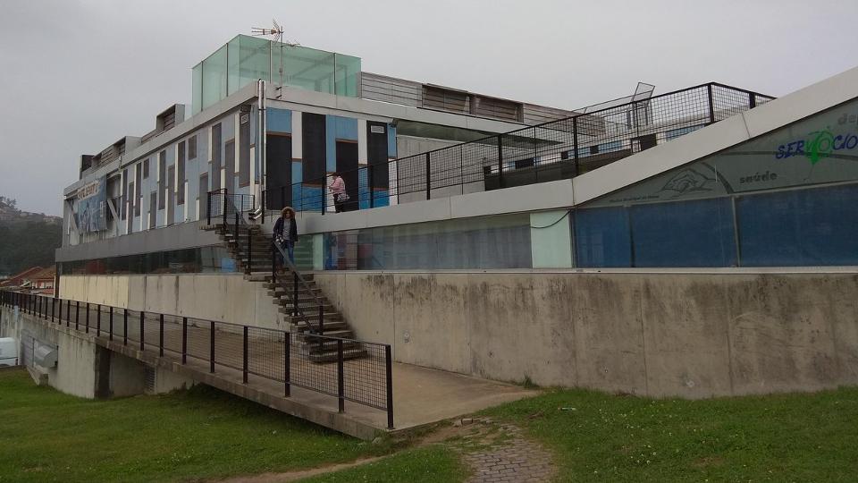 Los pliegos del concurso para la gesti n de la piscina for Piscina municipal vigo