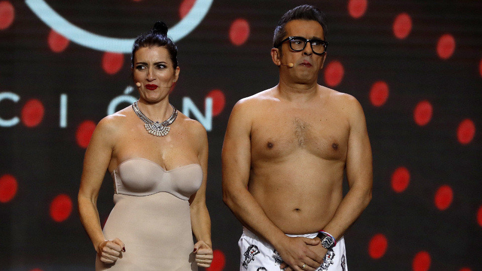 32c46692 Silvia Abril y Andreu Buenafuente, en ropa interior durante la gala de  entrega de los