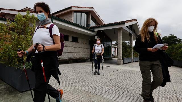 Algunas peregrinas que retomaron esta semana el Camino desde el albergue.